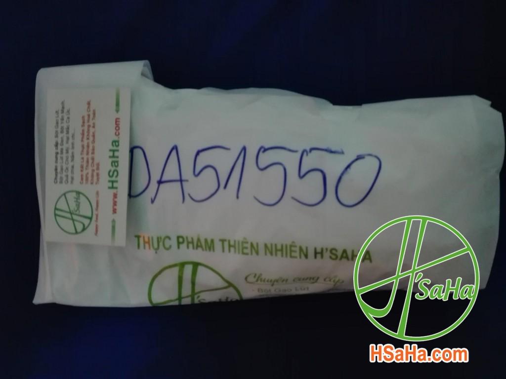 Giao 1 Bịch Cốm Gạo Lứt Rong Biển Hsaha Đến Quận Tân Phú Cho Chị Uyên